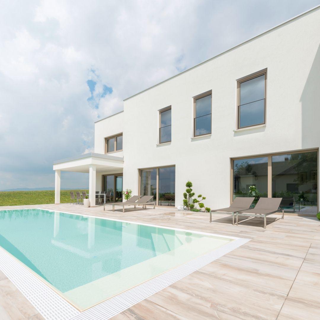 #holidayathome #frenchbalcony #internorm #balconytime #balconylife #lovelyplace # dreamhouse
