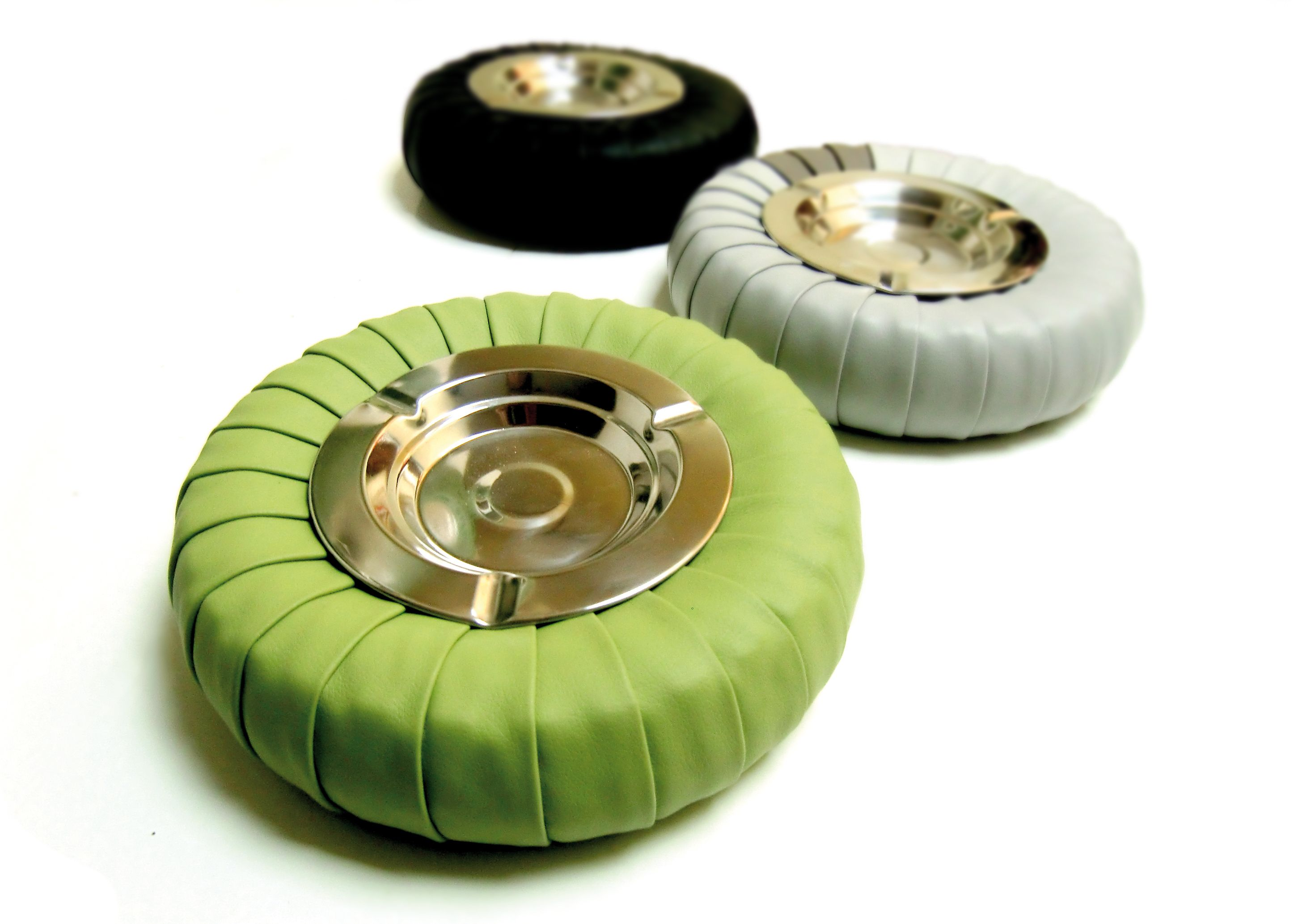 Complementi darredo realizzati recuperando vecchi pneumatici usati. #pos...
