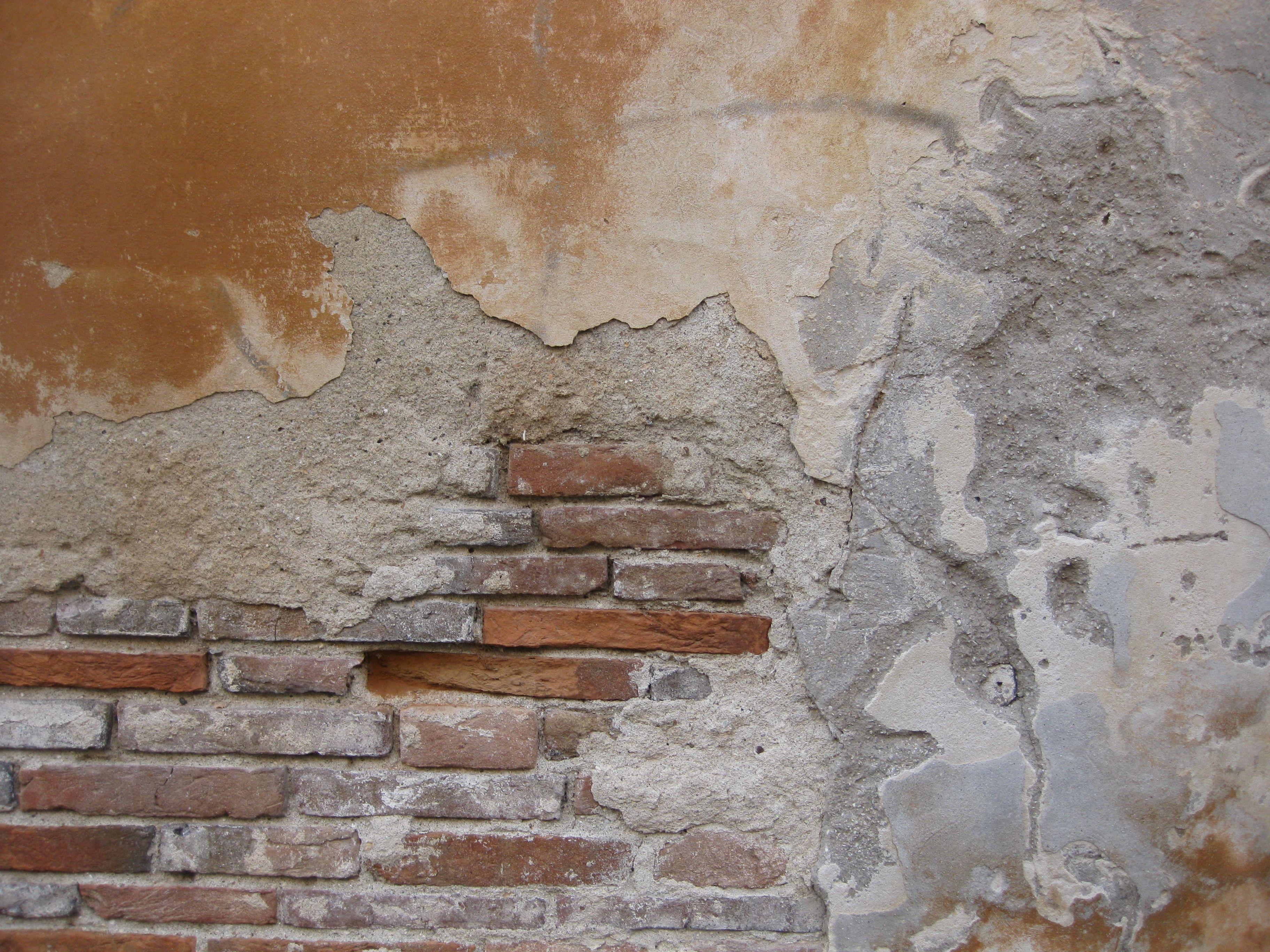 CRUMBLING BRICK WALL PLASTER Brick Wall Pinterest Bricks Plaster And