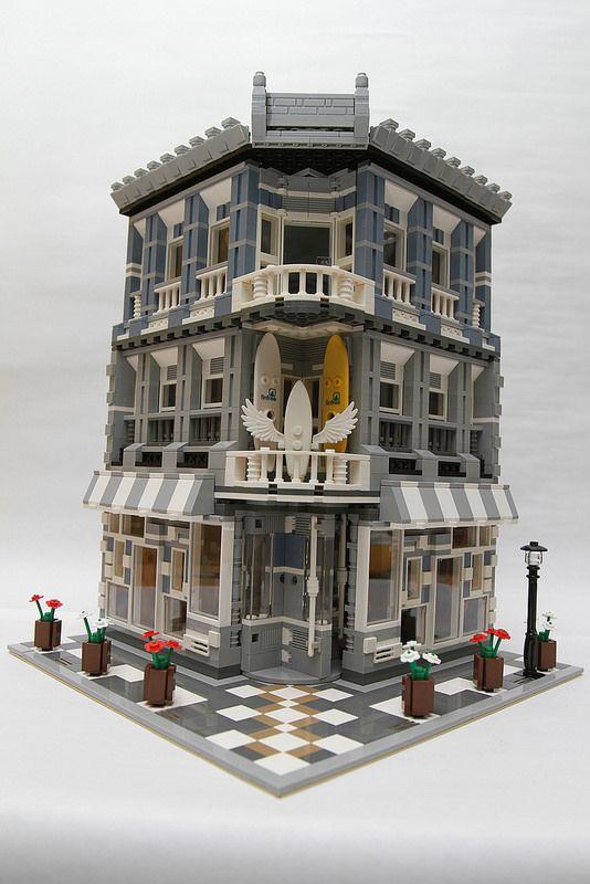 modularsbykristel | Passionate about MOC modular buildings | Lego