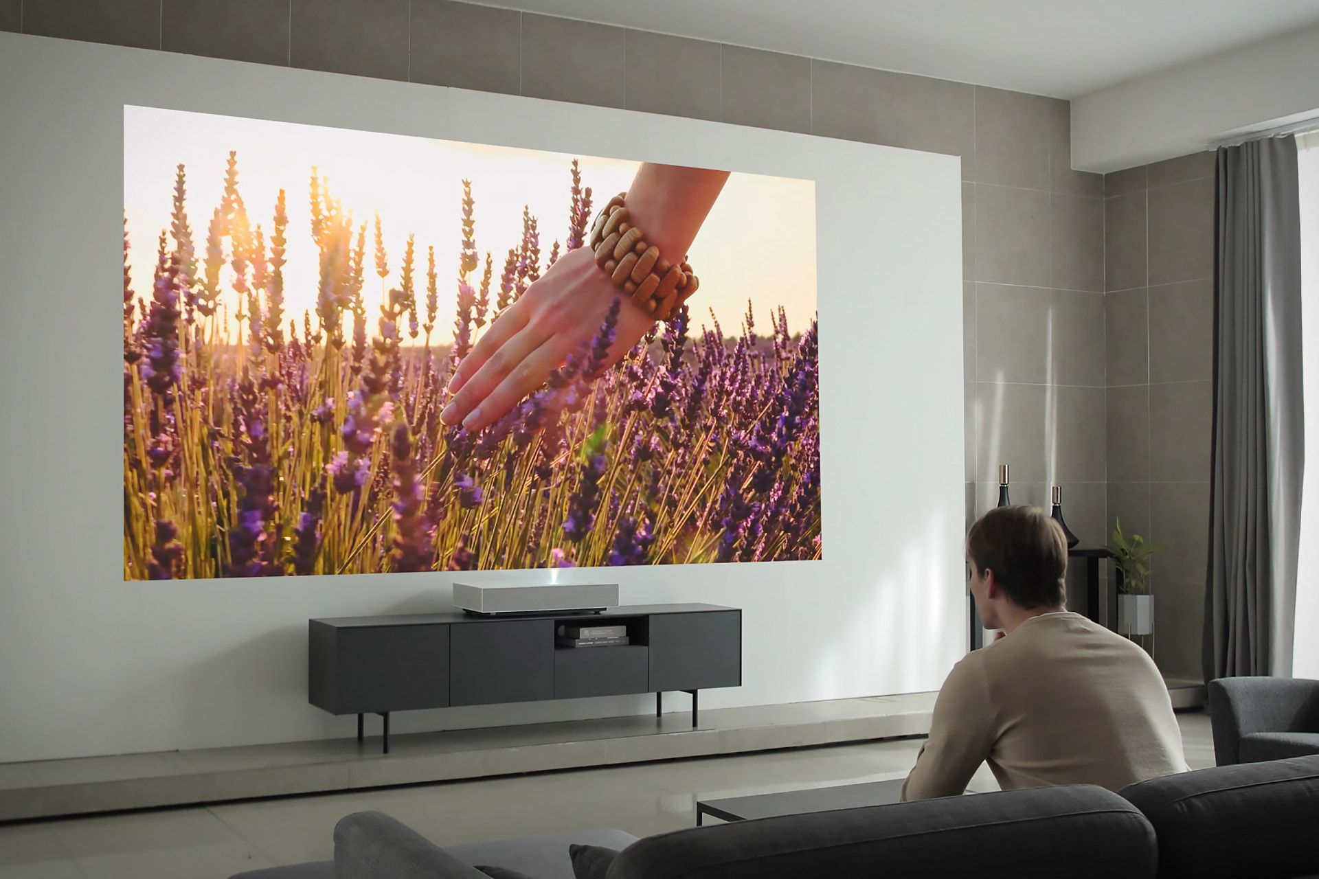 Lg Cinebeam Hu85l 4k Projector Short Throw Projector Best