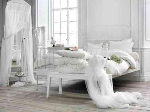 Idée déco chambre adulte  100 suggestions en blanc - Zen and Deco