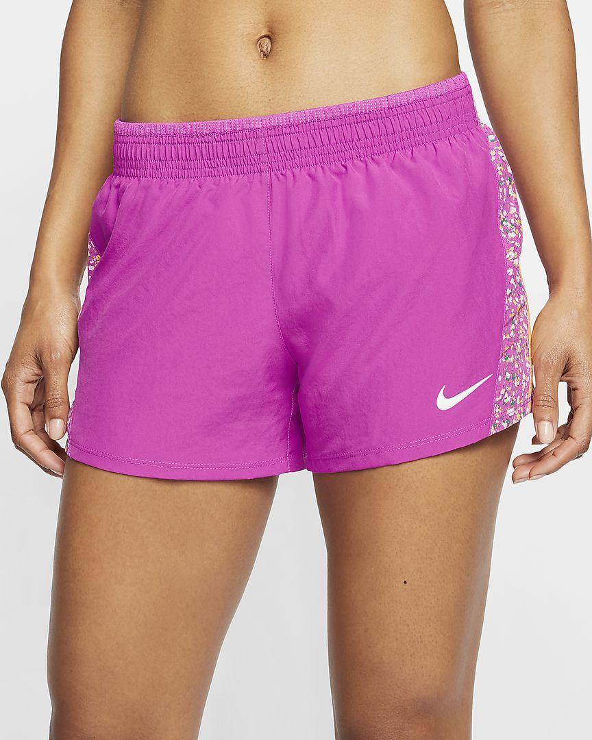Nike 10K Icon Clash hardloopshorts voor dames. Nike BE in