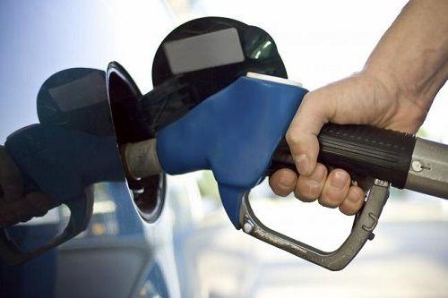 Mua nhầm xăng bẩn, kém chất lượng gây hại lớn cho ô tô