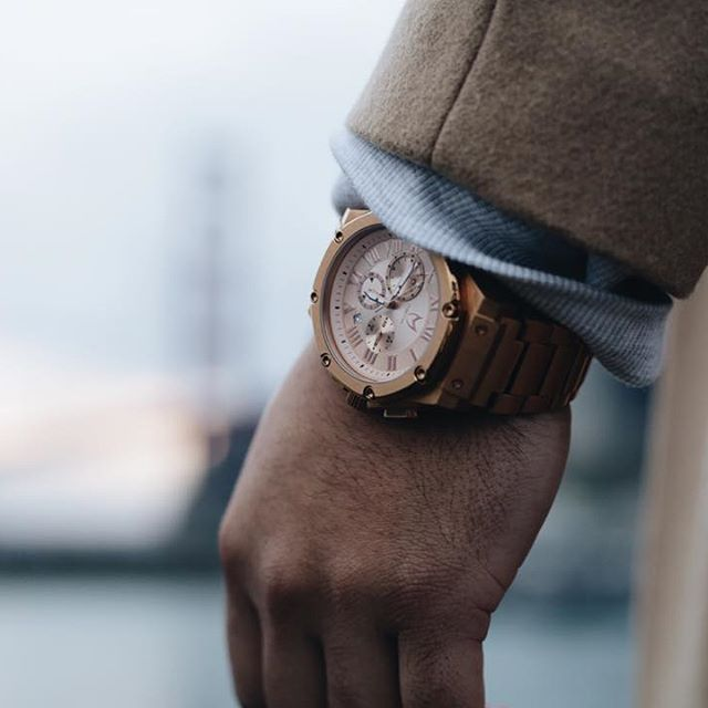 The rose gold ambassador by @mstrwatches as featured on @eff.ulloa trip to the Gold Gate bridge - view the full story on MensFashionPost.com ✔️