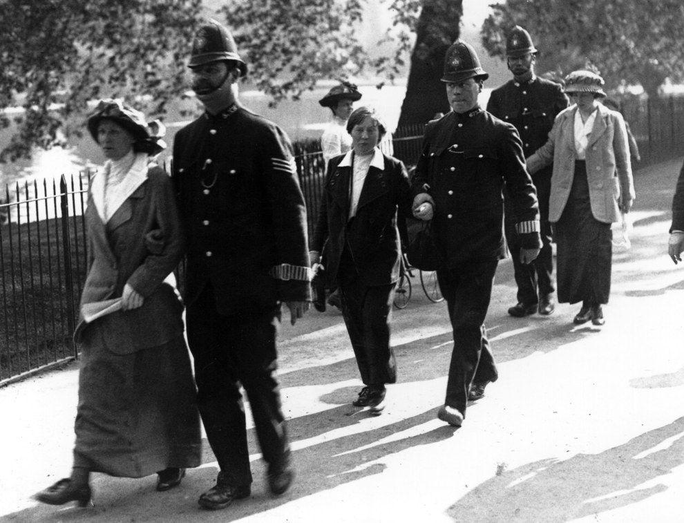 UK 1908 Christabel Pankhurst And Her Mother Emmeline
