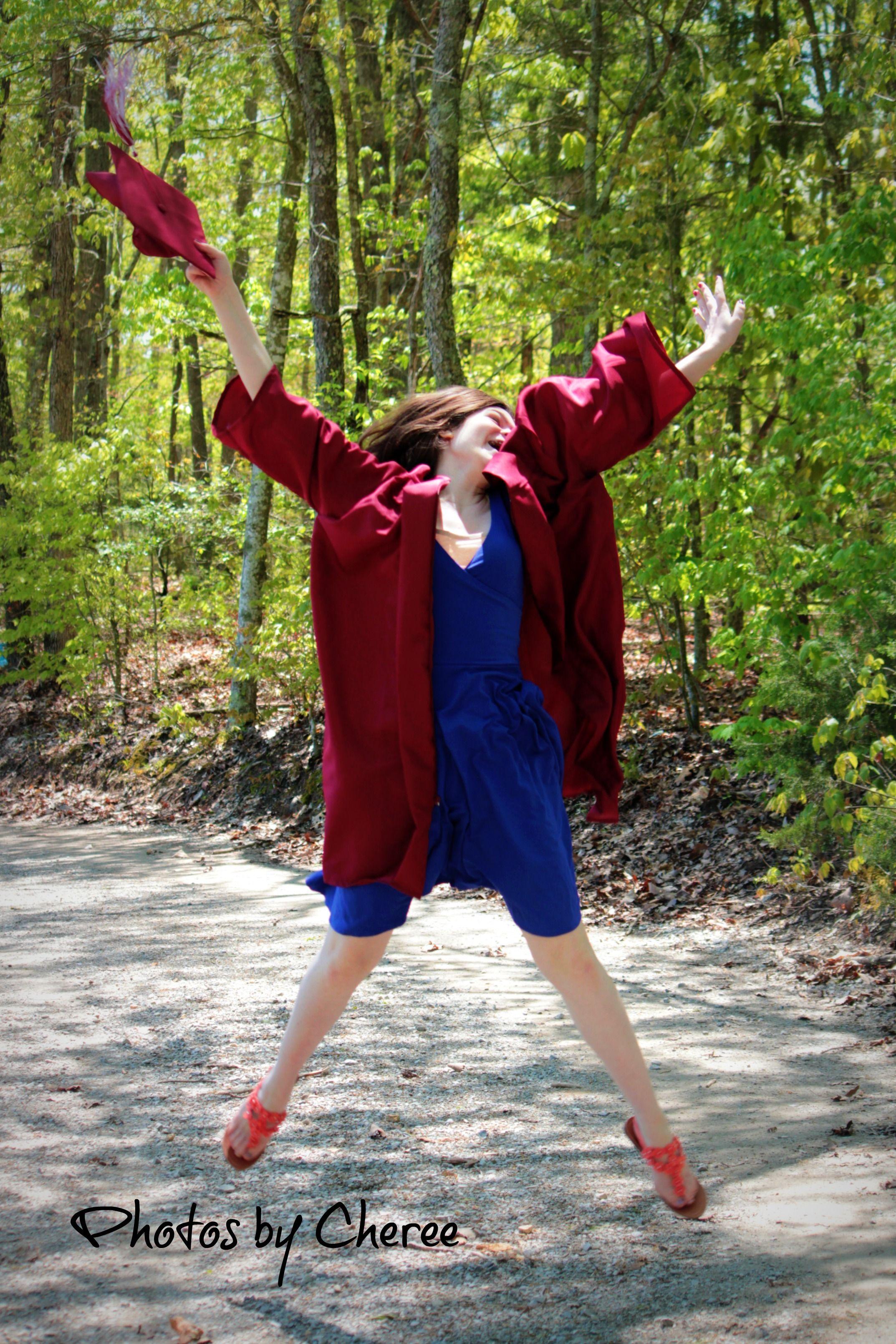 Cap & Gown Photography ideas, Graduation, Teen, senior photo www ...