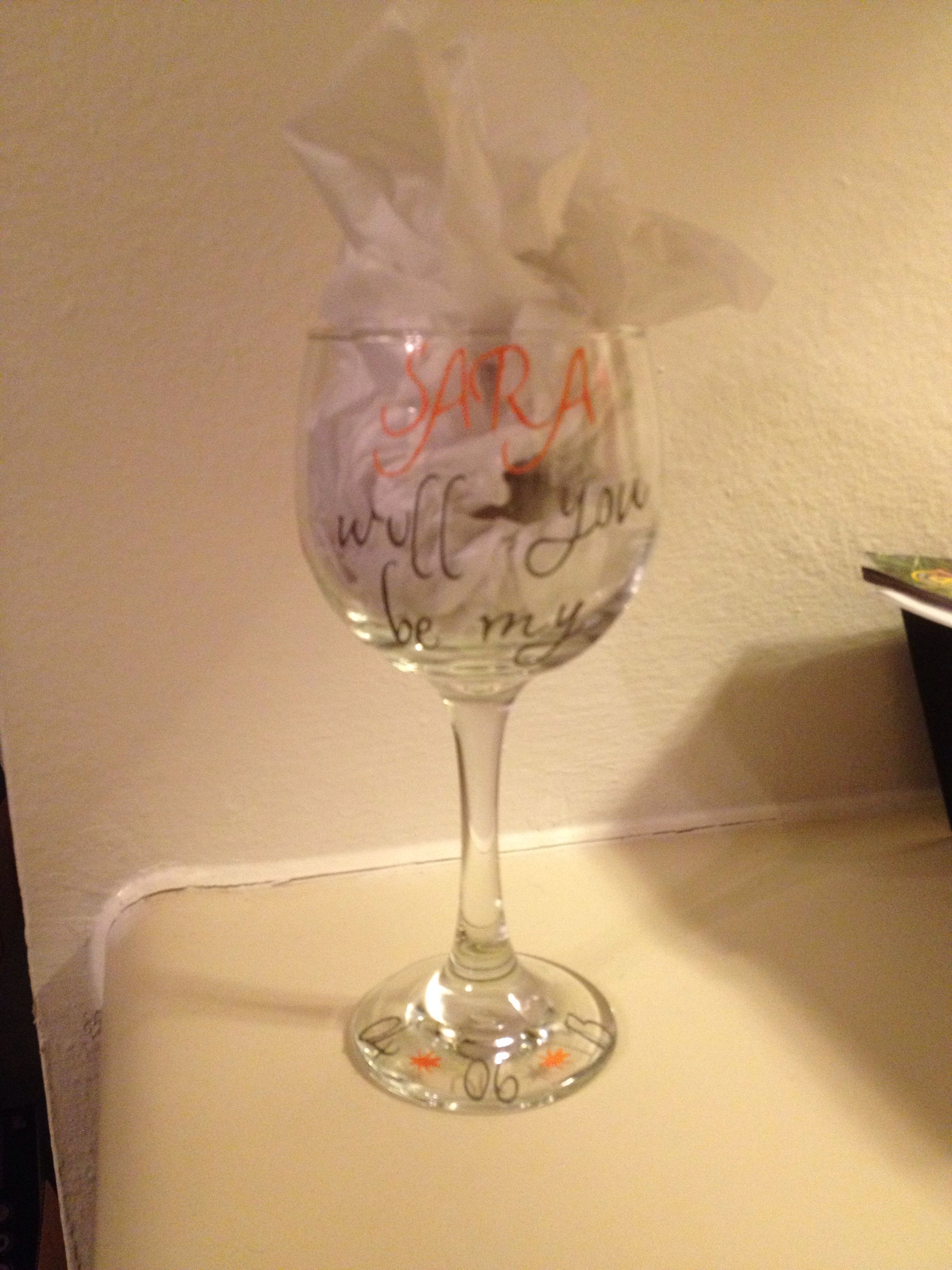 Ask your bridal party with wine glasses -cricut