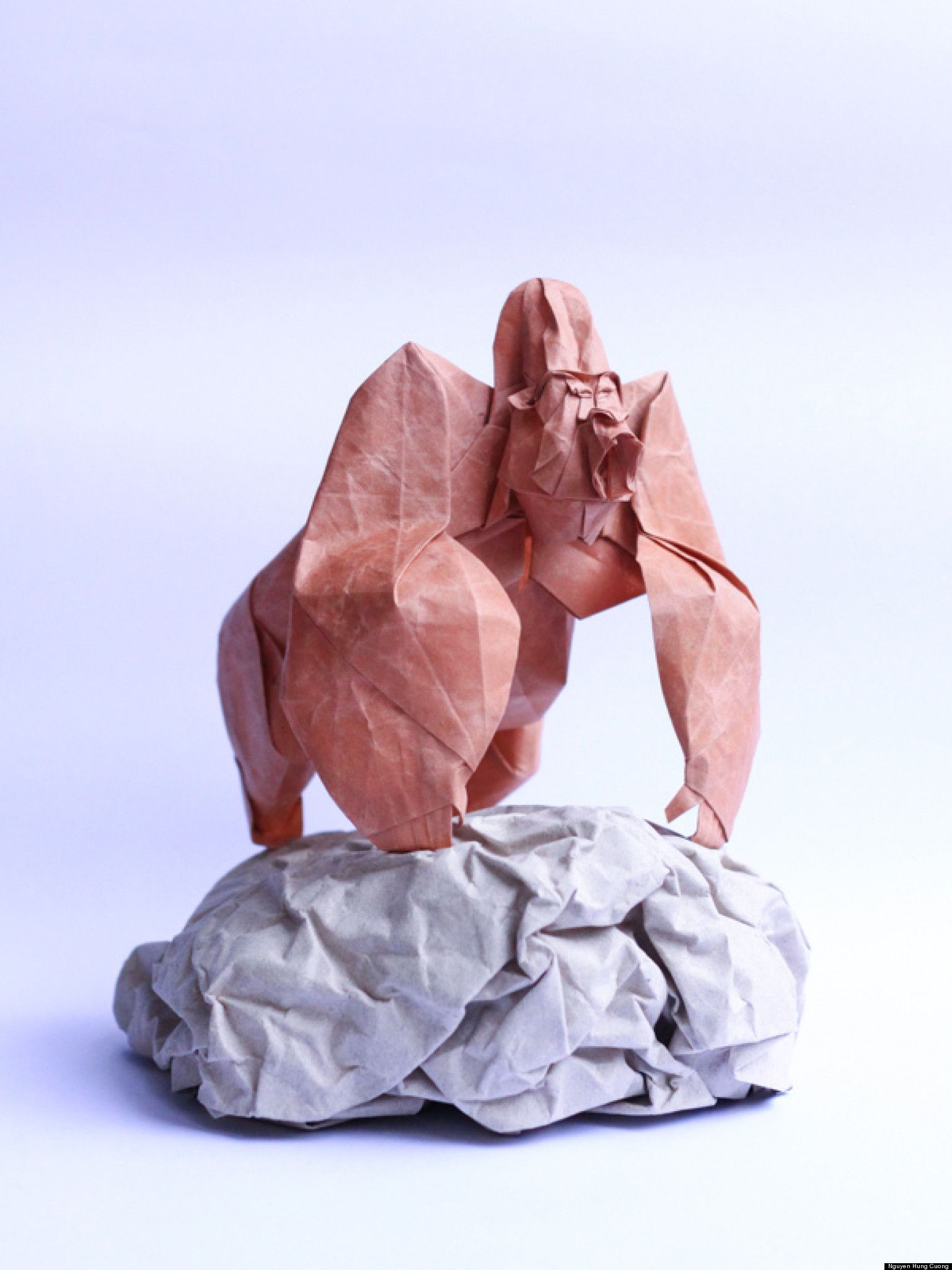 Look Origami Artist Creates Incredible Shapes Origami Paper Art Origami Artist Origami Animals