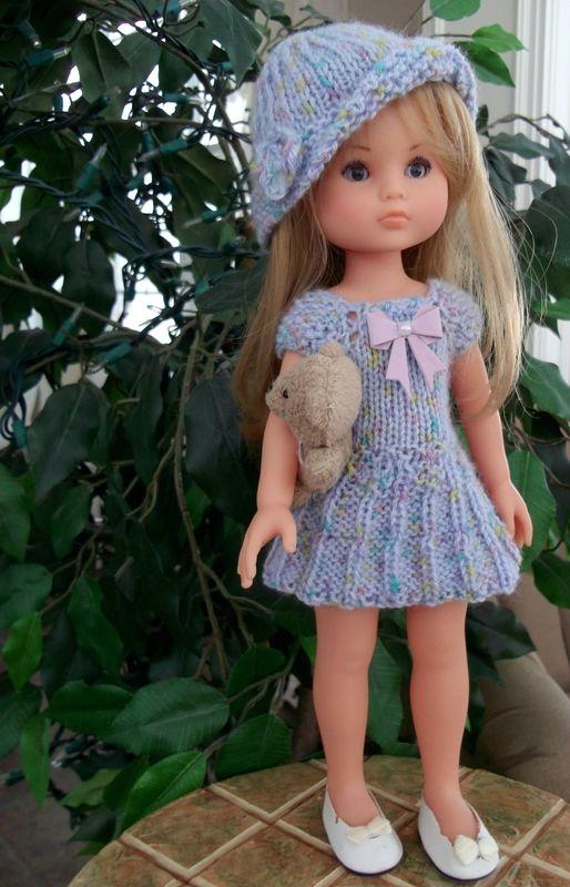 Robe paola cherie tricot modèle stickatillbarbie | Muñecas de ...