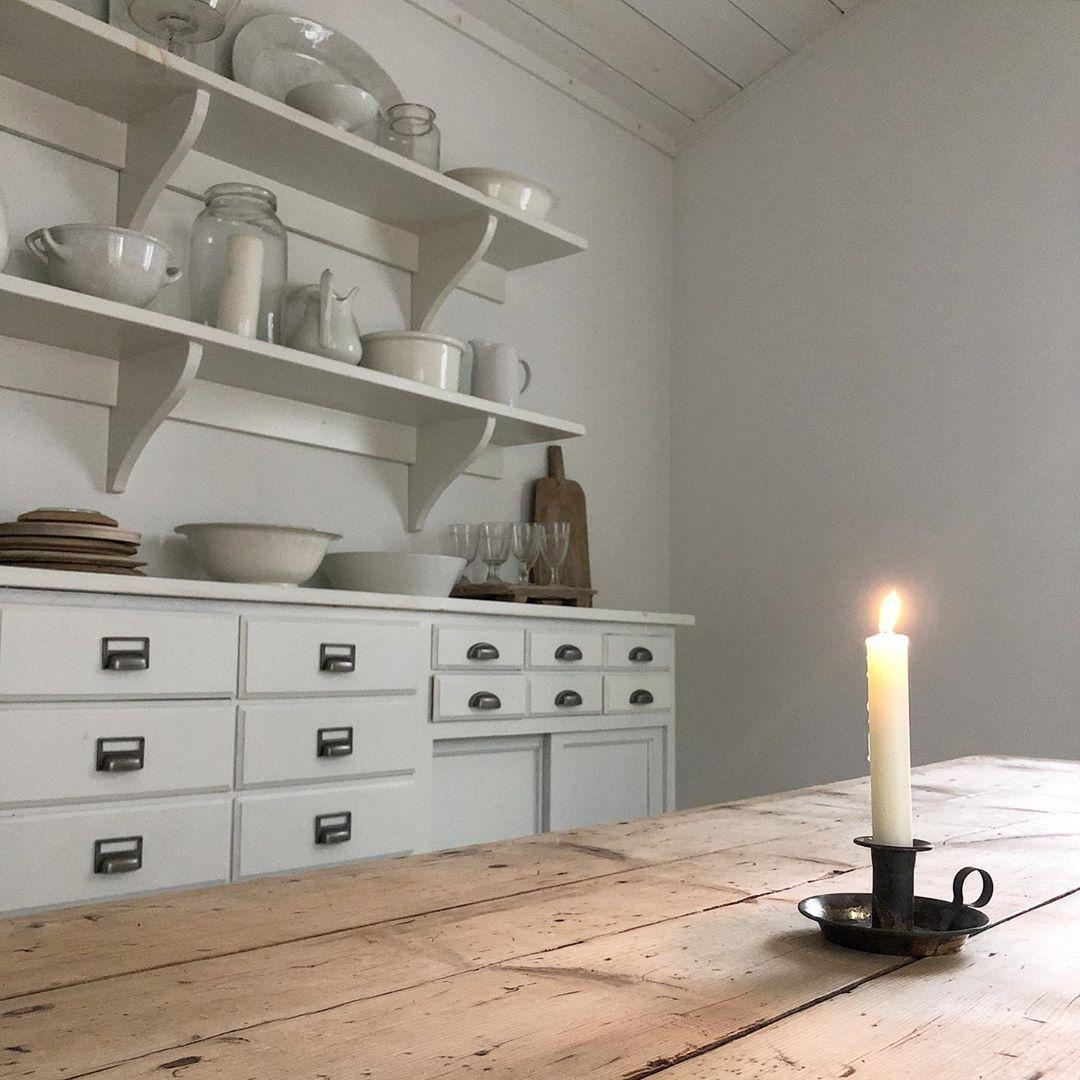 White Flower Farmhouse On Instagram Light And Love Calmness Quietstyle Serenity December Whiteandwood In 2020 White Flowers Light White
