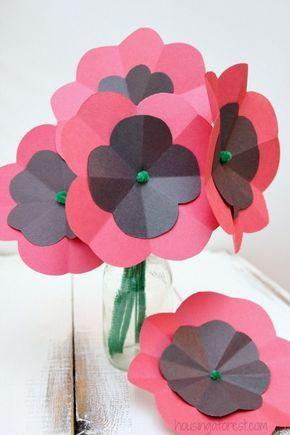 DIY Paper Poppy #remembrancedaycraftsforkids