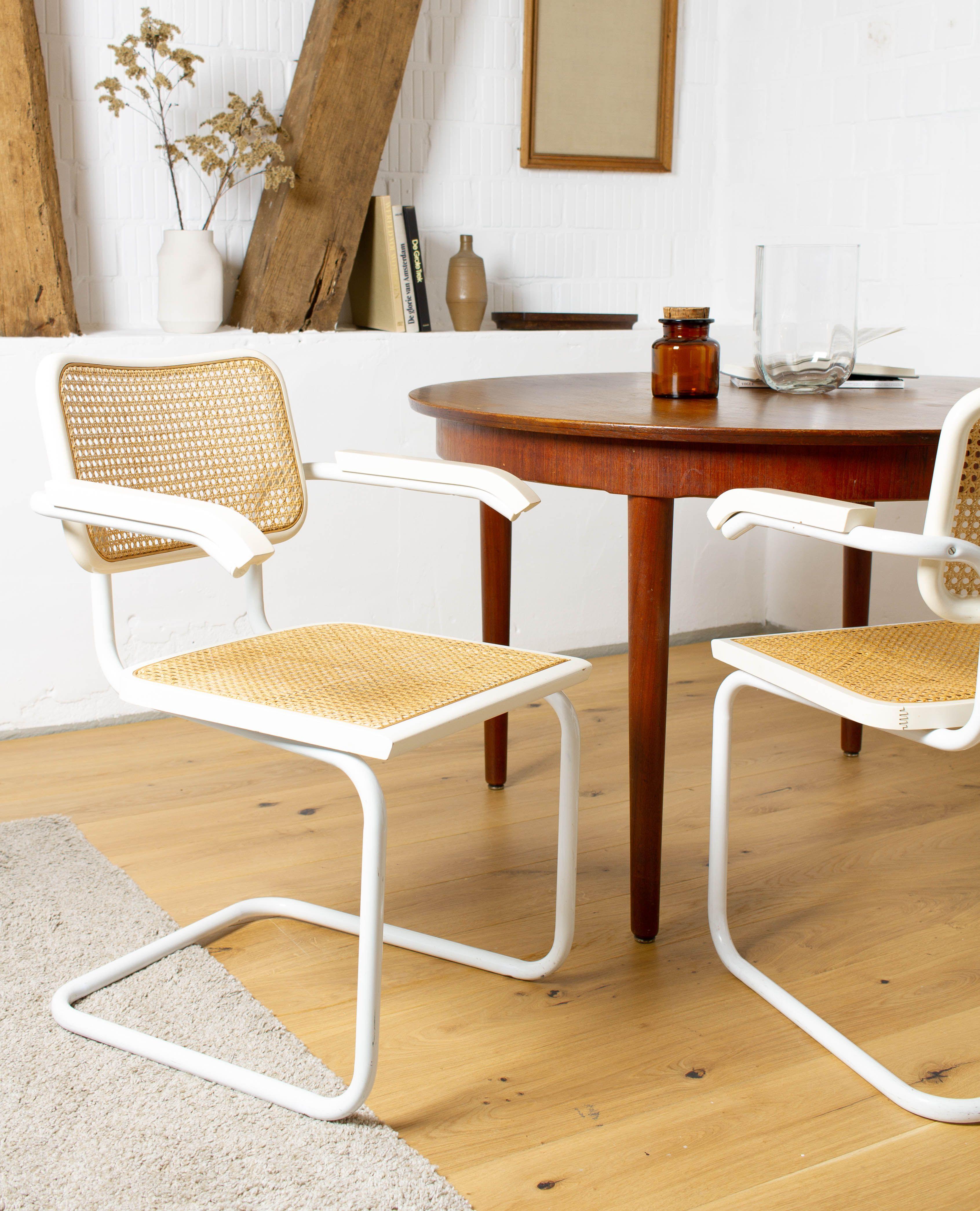 Freischwinger Stuhl Weiss Breuer Thonet Stil S 64 Armlehnen Etsy Cantilever Chair Cesca Chair Chair