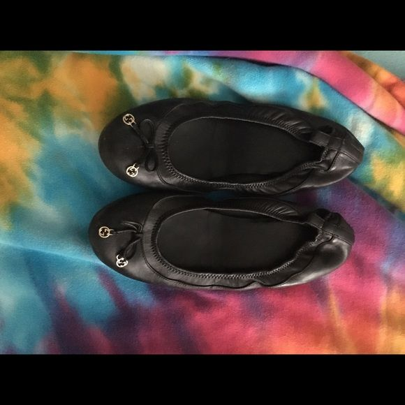 Gucci black flats Wore them to death. So feel free to make any offer! 100% real. Gucci Shoes Flats & Loafers