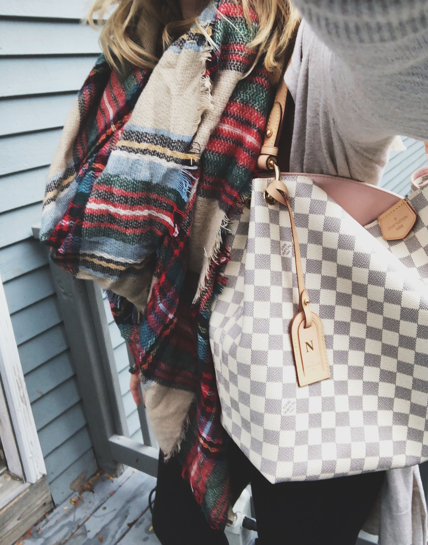 4eb0907d8f8a Louis Vuitton Graceful MM