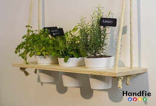 Una forma divertida de tener tu pequeño huerto de especias en la cocina o tu jardín de flores en la terraza, o viceversa.