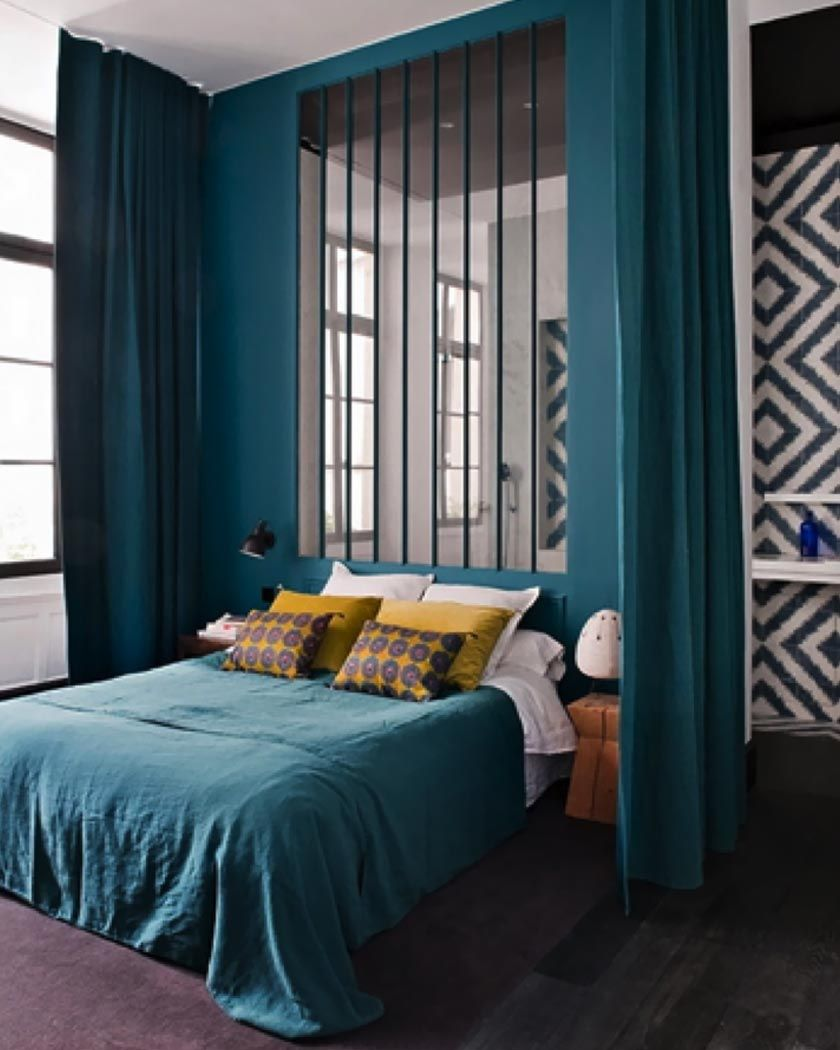 La Couleur Jaune Moutarde Pour Une Deco Affirmee Linge De Lit Bleu Chambre Bleu Et Deco Chambre Bleu