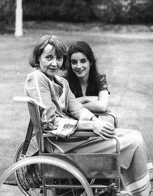 Dominique And Her Mother Ellen Dunne