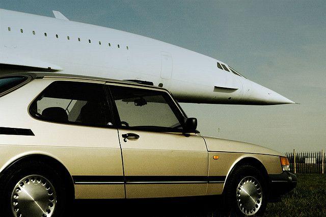 De Saab helemaal oppimpen en ermee op reis. Of met een andere auto.