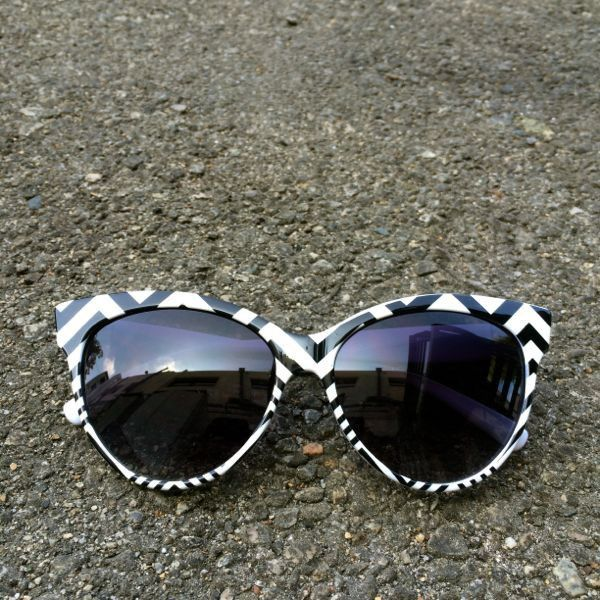 Zig Zag Cat-eye Sunglasses