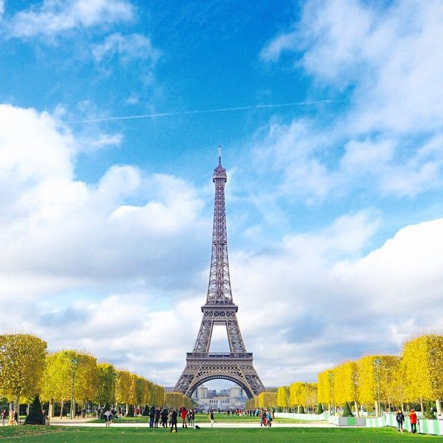 ssoo_ 봐도 봐도 신기하고 ️️ 또 보고 싶은 #EiffelTower  #Eiffel #TourEiffel #Paris