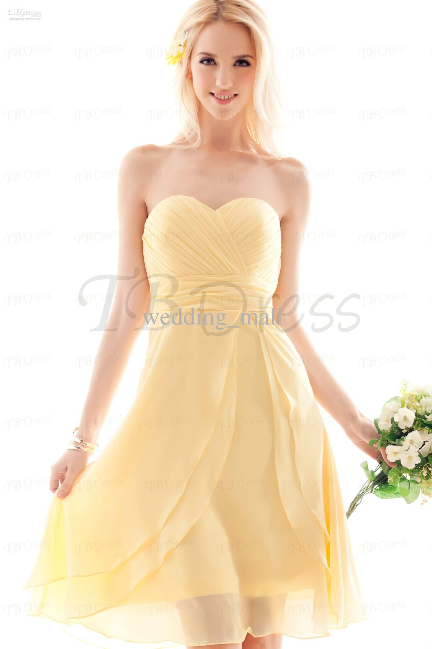 A Line Sweetheart Knee Length Pale Yellow Chiffon Pleated Beach Bridesmaid Dresses Discount Homecoming Dresses Short Party Flower Girl Junior Bridesmaid Dresses Yellow Bridesmaid Dresses Yellow Bridesmaid Dresses Short Pastel Yellow