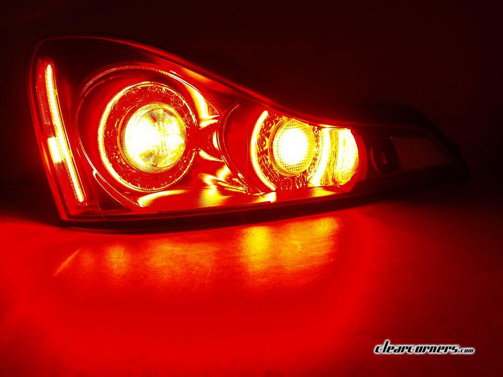 infiniti car logo light