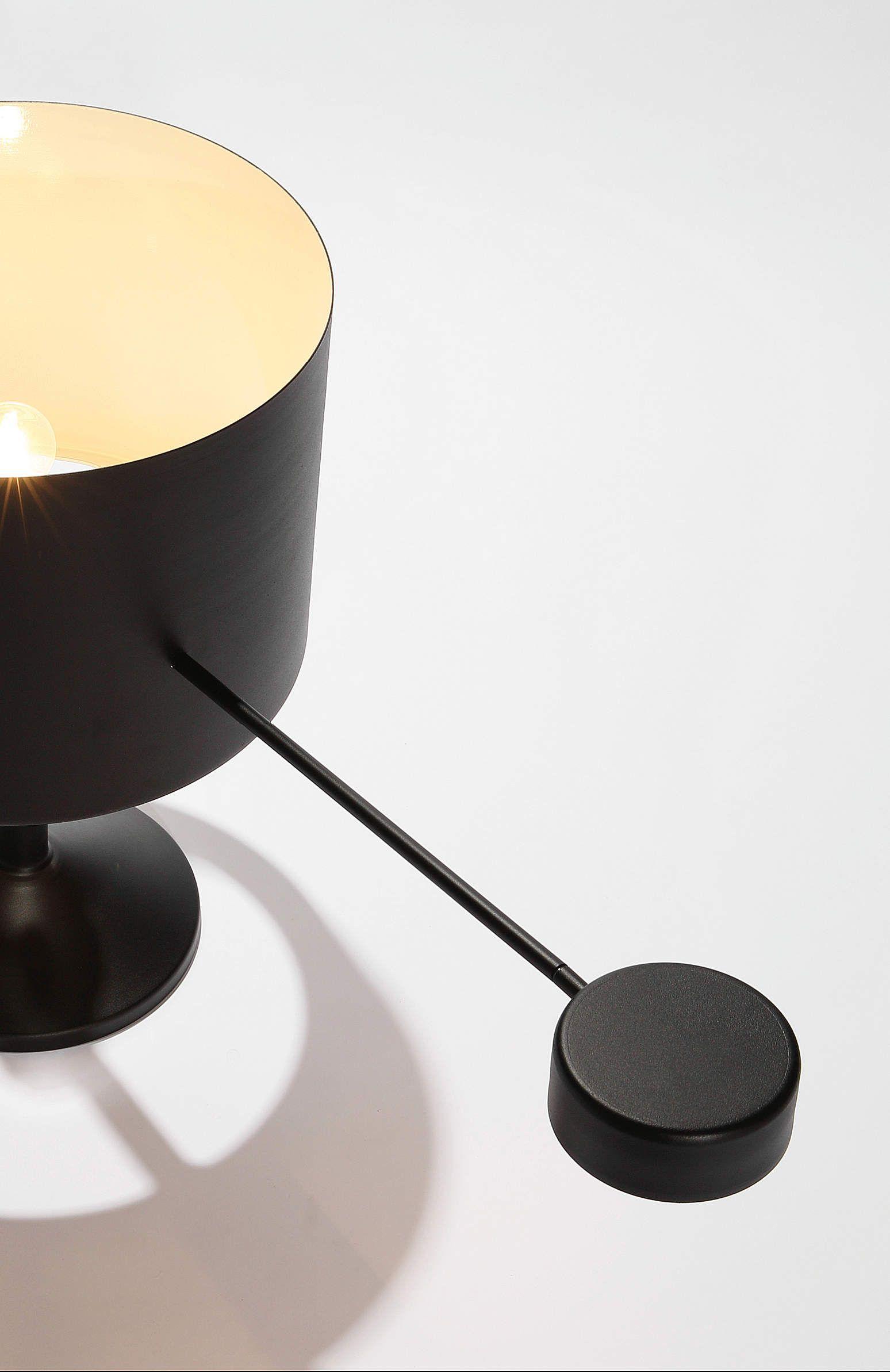 Freccia - Tavolo - ZAVA - Lampade da terra e tavolo, sospensioni e appliques