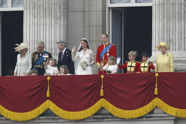 Kate Middleton Photos Photos Royal Wedding Crowd View Of