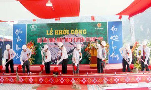 Dù che rợp mát Lễ khởi công xây dựng nhà máy May Tuyên Quang