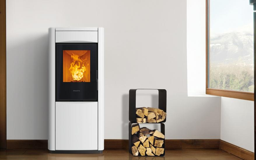 Hybrid Stove To Heat Both With Pellet And Wood