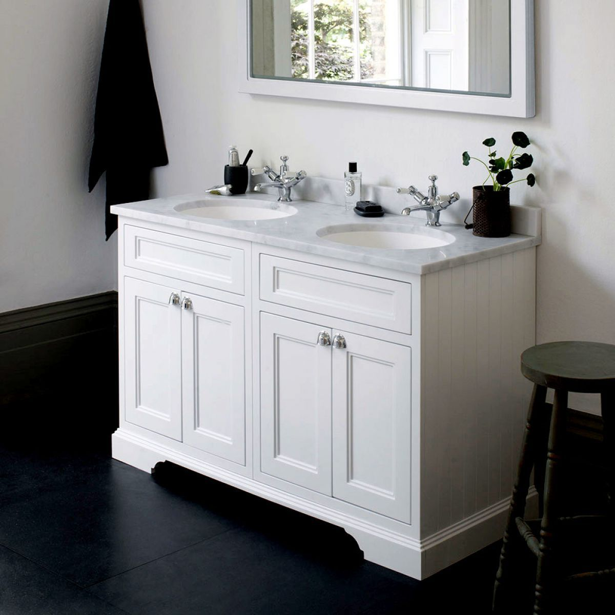 Burlington 130 Twin Basin Vanity Unit With Four Doors Bathroom