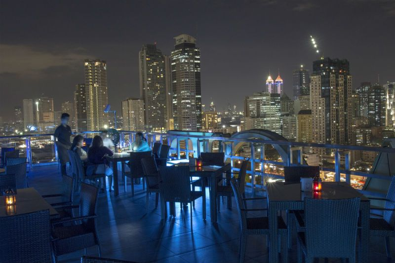 Best rooftop bars in Makati, BGC, Ortigas, Mandaluyong, Alabang and Malate.