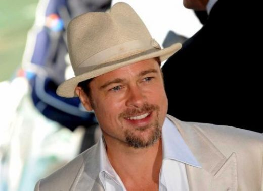 Brad Pitt wearing straw fedora gangster hat 7f4d58414380