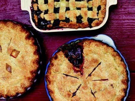 Monica's Blackberry and Summer Apple Pie