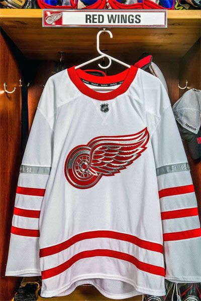 Red Wings Jersey Centennial Classic 2017