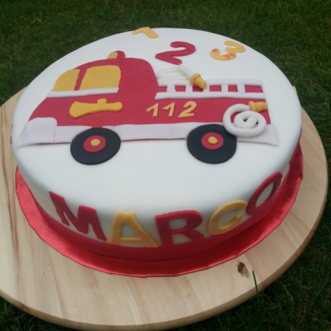 Feuerwehr Torte Kinder Feuerwehr Torte Kuchen Und Torten