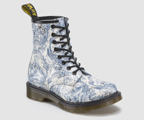 02a248a116b Doc Marten boots in TOILE. Couldn t you just die  1460 Womens ...