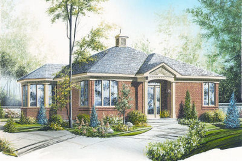 Traditional Style House Plan 2 Beds 1 Baths 1085 Sq Ft Plan 23 686 European House Plans House Plans European Plan
