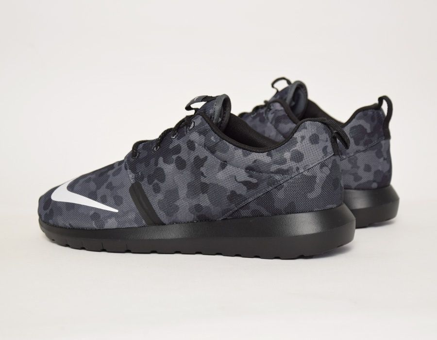 official photos 9e870 36c56 australia nike roshe run nm fb black camo sneakers 63aa9 e153e