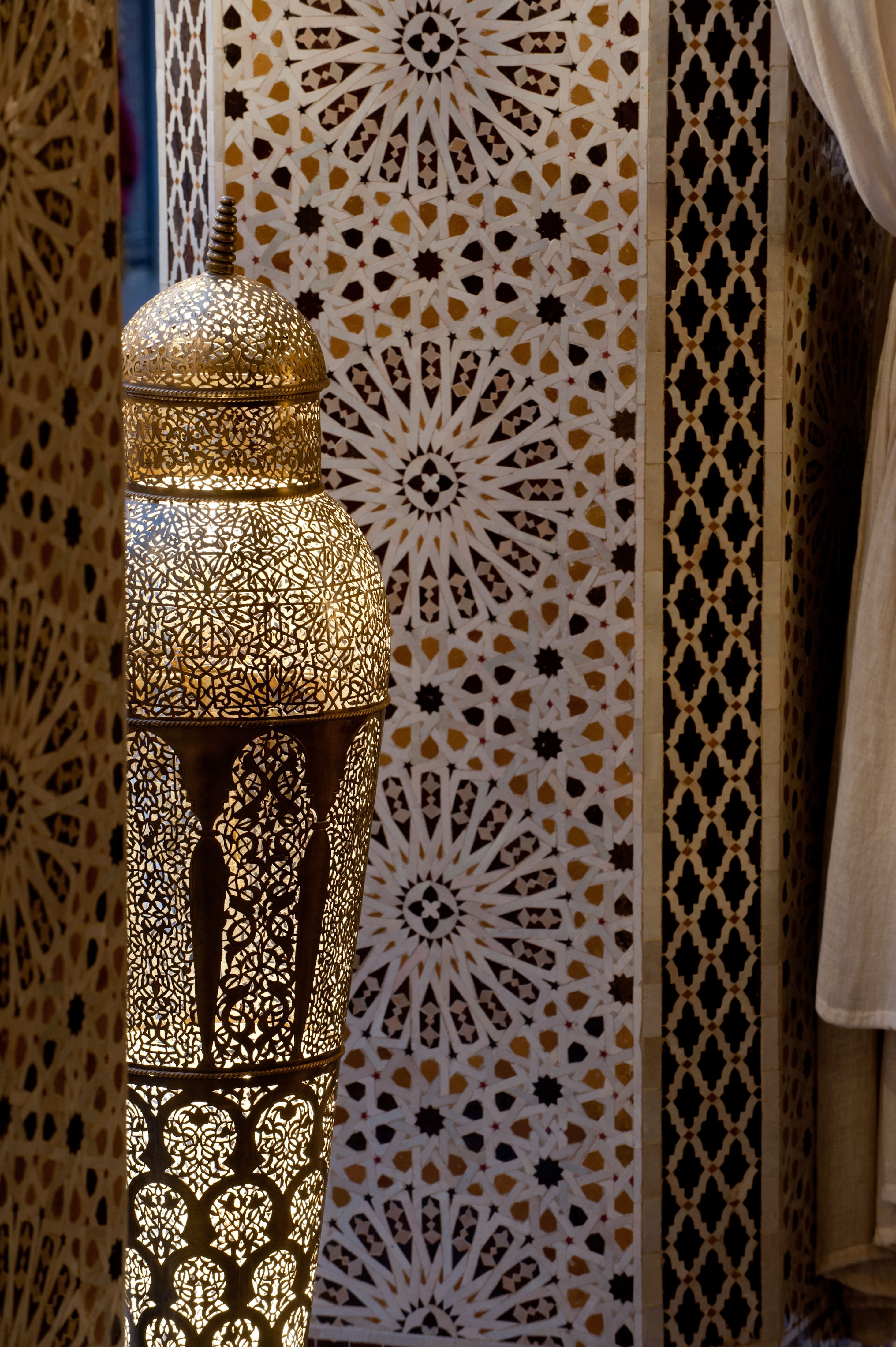 Zellige Colone : Every detail counts at royalmansour marrakech i love