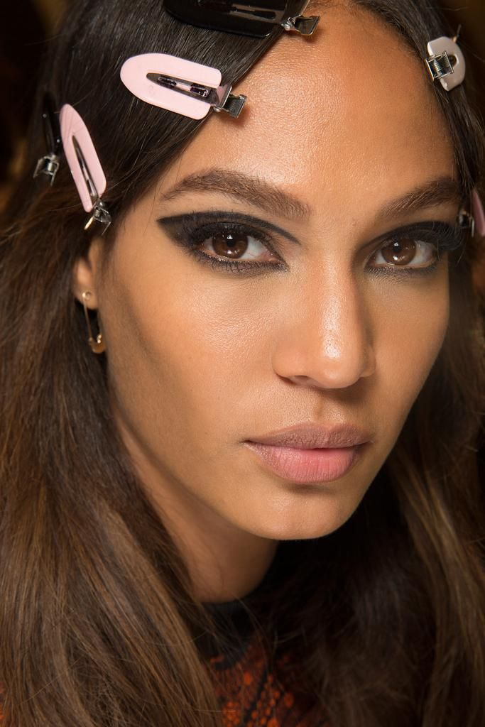 See The Beauty Looks From Versaces Fall 2015 Couture Show