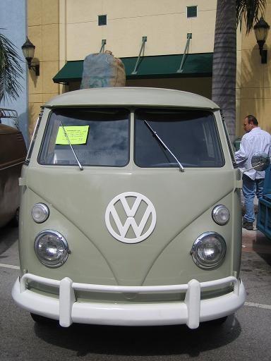 grey bus a.JPG