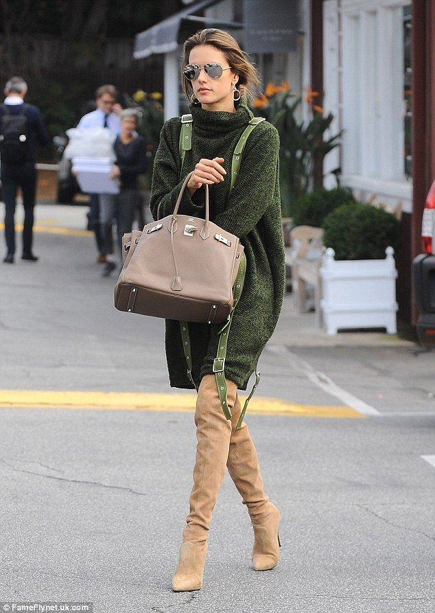 70b3528364 Alessandra Ambrosio shows off street style as she shops in Brentwood ...