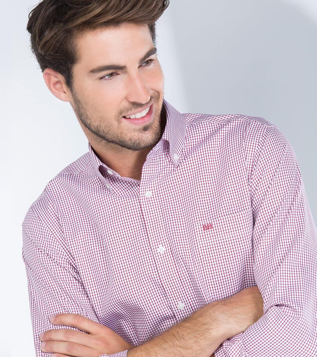 Camisa cuadro ventana de la marca Pedro del Hierro con descuento del -40%: http://www.manzanosmoda.es/camisas/222-camisa-cuadro-ventana-rojo-pedro-del-hierro-.html