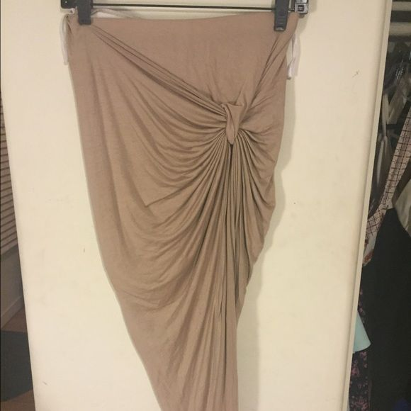 Tan high low skirt Tan high low side knot skirt from Windsor! Wore once ! Love it! Will put in forever 21 section for more looks! Forever 21 Skirts High Low