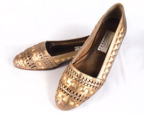 Sandalias de cuero metálico Oro VTG 80 talla 7 1/2 por RaraeAves