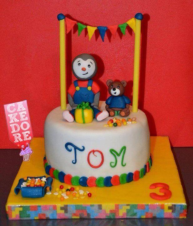 Exceptionnel Cake design. Gâteau personnalisé en pâte à sucre sur le thème  OB93