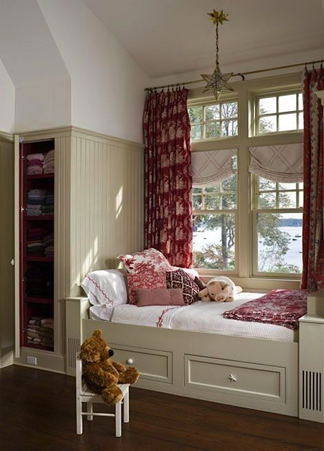 window seat storage ideas with cabinet in teen room