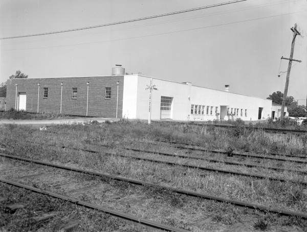 E.B. Malone building...Lake Wales, Fl  independent mattress maker (worked 1974)